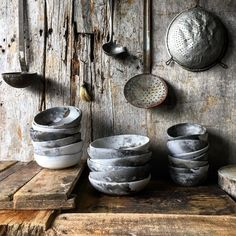 A big thank you to Georgie Dolling & Joe Filshie for your generous knowledge sharing & access to your incredible prop… Wabi Sabi, Ceramic Pottery, Pottery Art, Ceramic Art, Contemporary Vases, Cocinas Kitchen, Natural Home Decor, Star Designs, Plates And Bowls