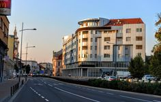 Panoramio - Photo explorer - Novi Sad, ulica Šafarikova #novisad