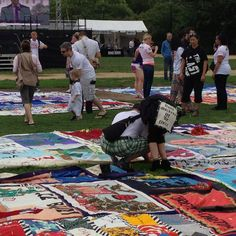 AIDS quilt on display in DC #AIDS2012