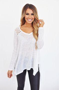 Off White Lace Back Flowy Tunic - Dottie Couture Boutique