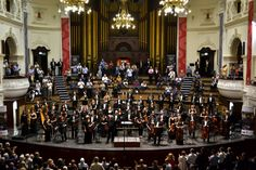 The Cape Town Philharmonic Orchestra performed Respighi's Fountains of Rome and Pines of Rome with Bernhard Gueller 2015. Review: https://andywildingfmr.wordpress.com/2015/11/07/haydn-shostakovich-respighi-natalia-lavrova-bernhard-gueller-ctpo-concertreview/