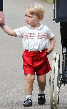 Prince William and Kate Middleton's eldest drew lots of attention! Oh, the cuteness Photo (C) Chris Jackson, WPA, GETTY Images