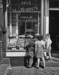 Mrs. Herbst's Hungarian Bakery on Third Avenue ~ New York City (circa 1930s)