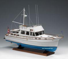GRAND BANKS 46 - Model Boat Kit Grand Banks 46 by Amati Models