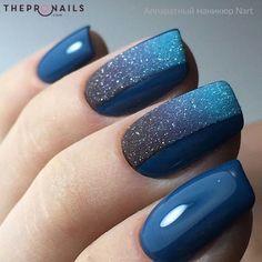 idee unghie glitter blu nail art per il 2019 - nails. Winter Nail Designs, Short Nail Designs, Nail Art Designs, Nails Design, Gradient Nails, Blue Nails, Dark Nails, Gorgeous Nails, Pretty Nails