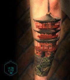 Full Arm Tattoos, Upper Arm Tattoos, Leg Tattoos, Body Art Tattoos, Tattoos For Guys, Cool Tattoos, Japanese Temple Tattoo, Japanese Mask Tattoo, Japanese Tattoo Designs