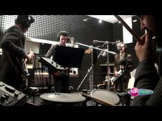 Frequency - Dark Horse (live@Funradio)