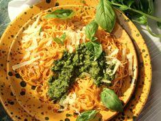 Bavette mit Basilikum-Pesto ist ein Rezept mit frischen Zutaten aus der Kategorie Kochen. Probieren Sie dieses und weitere Rezepte von EAT SMARTER!