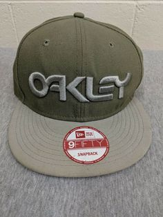 f0501b11e7 OAKLEY 75  SNAP BACK NEW ERA 9FIFTY HAT CAP APPAREL  fashion  clothing   shoes  accessories  mensaccessories  hats (ebay link)
