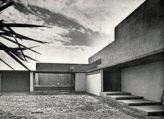 Luis Barragán and Max Cetto the patio of Casa de Muestra en Fuentes, 1950, Mexico City