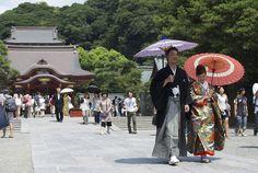 Bride and Groom in Kamakura, Japan