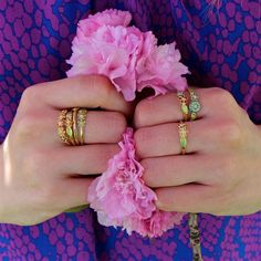 Adorable flower cluster rings! #LoveGold