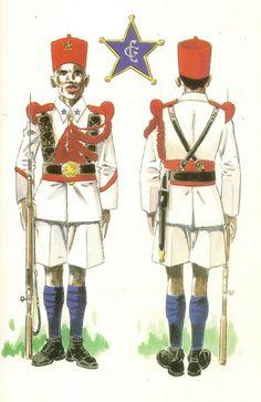 GUARDIA COLONIAL DEL GOLFO DE GUINEA.1935 Soldado en uniforme de gala
