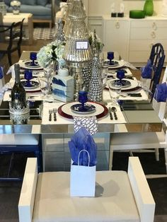 Tablescapes, tablesettintg,  blue and white