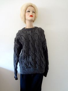 Grey Wool Sweater / cable knit oversized pullover / vintage fall & winter fashion