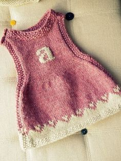 Anouk as a Dress - Free Pattern (Beautiful Skills - Crochet Knitting Quilting) Baby Knitting Patterns, Knitting For Kids, Baby Patterns, Free Knitting, Knit Or Crochet, Crochet For Kids, Knitted Baby, Knit Baby Dress, Baby Pullover