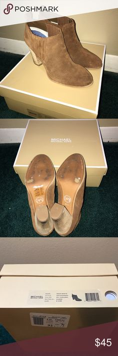 MICHAEL KORS BOOTS Worn it about 2-3 times only. MICHAEL Michael Kors Shoes Winter & Rain Boots
