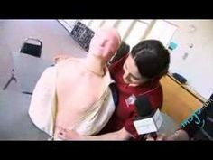 How to Perform the Heimlich Maneuver. this is important for every person to know, the video is less than 2 minutes long. Heimlich Maneuver, In Case Of Emergency, Staying Alive, Weird Facts, Survival Tips, Delaware, Good To Know, Just In Case, Nursing