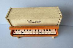 "Piano jouet ""Concerto"""