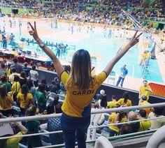 Muito feliz em ter participado das Olimpíadas 2016 no Rio!  O clima esportivo e de alegria que a cidade viveu e que eu pude presenciar é algo indescritível! O Brasil se saiu muito bem e sim fizemos o maior evento esportivo do mundo ser um sucesso!  Muito orgulhosa Brasil ! Já estou com saudades!  #rio2016brasil @rio2016 #olimpiadas2016
