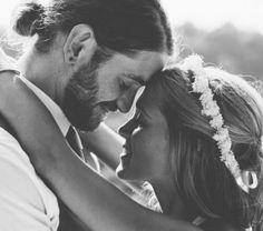 Sexy grooms met buns. We hebben de 10 leukste voor .. lees verder op thevow.nl! #trouwen #thevow #manbun