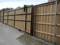 Automatic and Electric Gates Frisco TX Driveway Gate Installation Frisco Electric Driveway Gates, Driveway Fence, Wood Privacy Fence, Electric Gates, Driveway Landscaping, Front Yard Fence, Front Gates, Backyard Fences, Entrance Gates