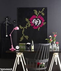 Cross stitch decor - The artwork in which you will fall in love - Little Piece Of Me Cross Stitch Art, Modern Cross Stitch, Cross Stitching, Cross Stitch Embroidery, Quirky Home Decor, Childrens Beds, Green Carpet, Decoration, Diy And Crafts
