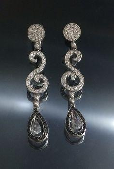 14k white gold black & white diamonds earrings