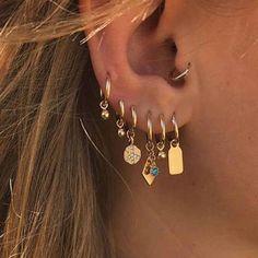 No Piercing Fairy Ear Cuff White Pearls Gold Swirls of Magic/cartilage piercing imitation/conch cuff jacket manschette/ohrklemme ohrclip - Custom Jewelry Ideas Ear Jewelry, Cute Jewelry, Jewelry Gifts, Jewelry Accessories, Women Jewelry, Women Accessories, Womens Jewelry Rings, Gold Jewelry, Jewelry Necklaces