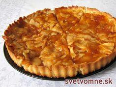 Výborný koláč jemnej maslovej chuti plný šťavnatých jabĺk. Jedna porcia vám bude zaručene málo :) French Apple Tart, Apple Tart Recipe, Czech Recipes, Sweet Cakes, Desert Recipes, Sweet Recipes, Baking Recipes, Sweet Tooth, Sweet Treats