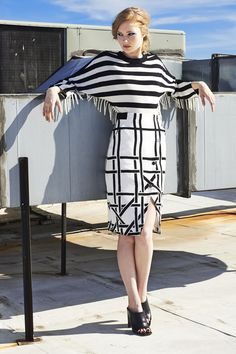 +++ Black and White +++ gemeometrical stripes on sweater and pencil skirt.