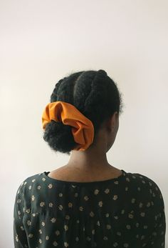 Medium Hairstyles, Curled Hairstyles, Natural Hairstyles, Cool Hairstyles, Person Of Color, Velvet Scrunchie, Natural Hair Styles For Black Women, Rust Orange, Natural Hair Inspiration