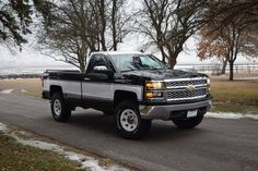 New Chevy Truck, Chevy Trucks Older, Custom Chevy Trucks, Chevy Pickup Trucks, Gm Trucks, Chevy Pickups, Chevrolet Trucks, Chevrolet Silverado, Cool Trucks