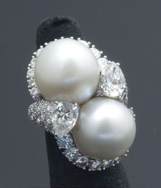 David Webb South Sea Pearl, Diamond and Platinum Ring