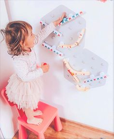 VertiPlay Marble Run blurs the line between playing and learning. Create a Marble Run on the wall with a few simple ramps. Easily extendable and completely modular; there is no limit to the length or complexity of the VertiPlay Marble Run!