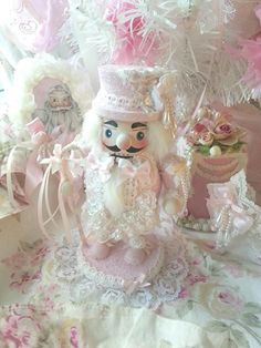 Shabby chic mini pink nutcracker <3