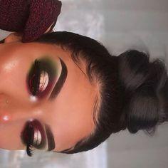 Makeup Eyeshadow Palette, Makeup Dupes, Eyeshadow Looks, Eye Makeup, Eyeshadows, White Eyeshadow, Eyeshadow Ideas, Brown Eyeliner, Eyeshadow Tutorials