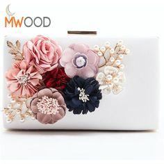 2017 Luxury Handmade Pearl Flower Evening Bag Women Fashion Day Clutch Weeding Party Bridal Small Handbag Purse With Chain Bolso //Price: $19.06 & FREE Shipping //     #hashtag3