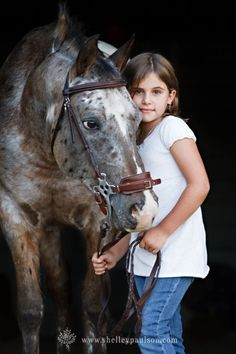 Gorgeous!!! I would have loved a horse when i was a little girl!