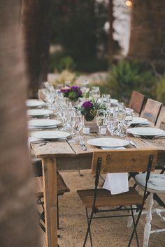 backyard reception table - photo by Studio Castillero http://ruffledblog.com/tropical-glam-wedding-in-palm-springs #weddingideas #receptions #weddingreception