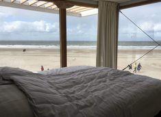 Gut eingeteilte Strandhäuser mit Panoramablick auf einen der besten Strände der Niederlande. Mit extra Dünenterrasse für die Morgensonne!