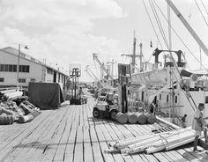 Unloading at Darwin wharf 1958 Darwin Nt, The Old Days, First Nations, Sailing Ships, Vietnam, Old Things, Boat, Australia, History