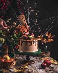 Sweet Treats, Birthday Cake, Autumn Fall, Desserts, Drink, Halloween, Food, Sweets, Birthday Cakes