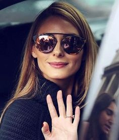 ❤️ Pinterest: DEBORAHPRAHA ❤️ Olivia Palermo wearing purple mirrored sunglasses  ✨