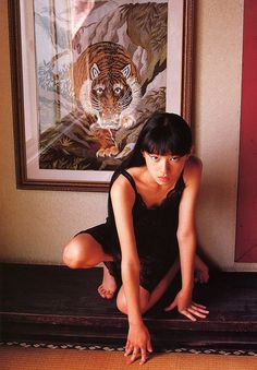 "lianasmack: ""Chiaki Kuriyama in Shinwa-Shoujo (""Girl of Myth""), photographed by Kishin Shinoyama "" Human Poses Reference, Pose Reference Photo, Drawing Poses, Looks Cool, Aesthetic Art, Art Inspo, Character Inspiration, Art Photography, Drawings"