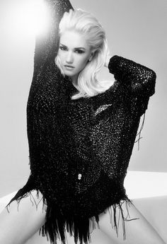 Gwen Stefani Cover Shoot - See More Celebrity Style Photos - Elle Gwen Stefani No Doubt, Gwen Stefani And Blake, Gwen Stefani Style, Britney Spears, Gwen Stefani Pictures, Gorgeous Women, Beautiful People, Divas, Thing 1