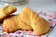 biscotti allo yogurt Italian Cookie Recipes, Italian Cookies, Italian Desserts, Biscotti Biscuits, Biscotti Cookies, Nutella, Almond Paste Cookies, Favorite Cookie Recipe, Cookie Desserts
