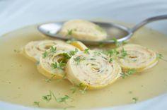 Frittaten sind der Klassiker der österreichischen #Küche, probieren Sie das #Rezept für eine selbstgemacht köstliche #Suppeneinlage einmal aus!