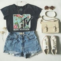 Outfit for back to school, fall, spring, graphic tee shirt mtv, high waisted shorts, bag, sunglasses shades, white converse low tops, necklace
