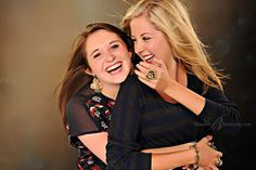 Best-friends-laughing-during-high-school-senior-pictures-photo-shoot-at-Studio-B-in-Issaquah